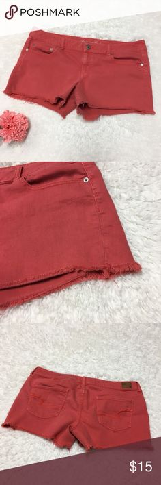 ➕ AEO Plus Size Cut Off Shorts : L American Eagle Outfitters Coral Plus Size 18 cut off shorts good used condition some pilling at inner thigh  Appropriate measurements  ▪️Hip to Hip  ▪️Hip to Hem Thank you for checking out my closet! Offers are always welcome or bundle for bigger savings. If you have any questions feel free to ask! American Eagle Outfitters Shorts