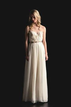 Tendências #Noivas 2014 - corpete romântico em coração Sarah Seven #casarcomgosto