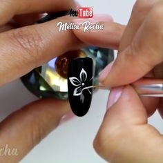 flower nail designs Pretty nail d - naildesign Diy Nails Videos, Nail Art Designs Videos, Nail Design Video, Rose Nail Art, Floral Nail Art, Diy Acrylic Nails, Acrylic Nail Designs, Nail Art Hacks, Nail Art Diy