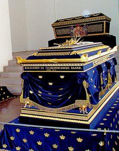 Caroline Amalie of Schleswig-Holstein-Sonderborg-Augustenborg - Queen of Denmark. Behind the queens coffin is seen the coffin of queen Sophie Magdalene von Brandenburg-Bayreuth, consort of king Christian VI.
