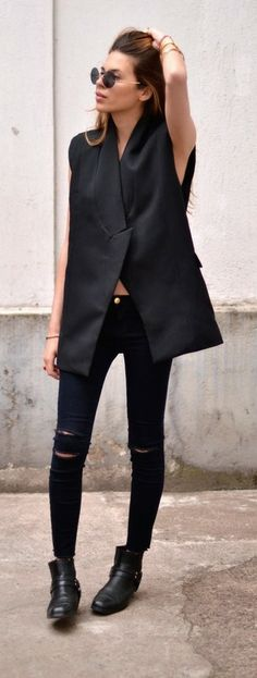 Maja Wyh ~total black look.