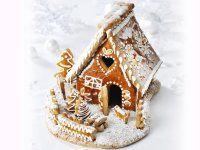 Weihnachtliches Lebkuchenhaus Rezept | EAT SMARTER