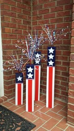 61 Fourth of July Decor Ideas For a Patriotic Party — AutoCukz Journal 4th July Crafts, Fourth Of July Decor, 4th Of July Decorations, Patriotic Crafts, Patriotic Party, 4th Of July Party, July 4th, 4th Of July Wreath, Outdoor Decorations