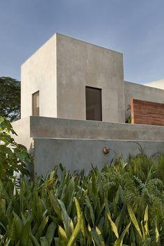Casa de Campo by Reyes Ríos   Larraiín Arquitectos