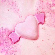 Cupid from Lush 💗 Single As A Pringle, Bath Art, Lush Bath Bombs, Lush Cosmetics, Lush Products, Bubble Bath, Pink Aesthetic, Bergamot, Spa Day