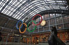 ユーロスターの発着駅であるセント・パンクラス・インターナショナル駅は、まさにロンドンの玄関口だ。