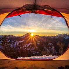 I don't think I have ever watched a sunrise from a tent before. Add to my Bucket list (but in summer)