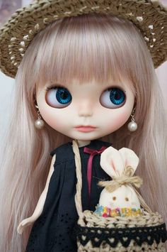 Damn it... God, I fell in love with this doll, SHE IS MY FAVORITE ♥♥♥