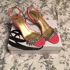 Coral Nine West kitten heels Work 1x for a wedding. Super pretty Rhinestone detail. Size 8 and will come with box. ❗️NO trades / make reasonable offers with the Offer feature please / Bundle discount / Items less than $15 and some luxe items are FIRM❗️ Nine West Shoes Heels