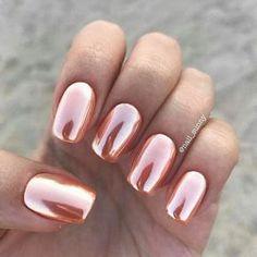 nail art summer nails chrome Nail art summer: 50 fresh ideas for a chic and original manicure nail a Rose Gold Nails, Metallic Nails, Acrylic Nails, French Nails, Hair And Nails, My Nails, Crome Nails, Super Nails, Nagel Gel