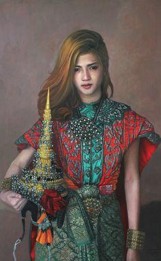 """Stunning painting by Daeng Buasan!  One of the highlights from beautiful painting exhibition,'VICISSITUDES' 'Mrs.Sida', Oil on linen, 120.5 x 75 cm Modern Gallery #painting #art """"นางสีดา"""" ...สวยเกินคำบรรยาย โดย ศิลปินมากความสามารถ แดง บัวแสน  ภาพวาดของจริงยิ่งสวยและมีชีวายิ่งกว่า แวะชมและเสพความงามกันได้แล้ววันนี้ที่ Modern Gallery, เจริญกรุง 36 และอย่าพลาดคืนเปิดนิทรรศการ """"ผันแปรตามกาล"""" ในวันที่ 25 พ.ย นี้ ภาพสวยคมความคิดมีให้ชมอีกเยอะ!"""