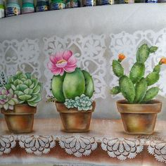 La imagen puede contener: planta e interior Art Journal Inspiration, Painting Inspiration, Flower Crafts, Flower Art, Cactus Drawing, Lace Painting, Country Paintings, Painted Rocks, Watercolor Art