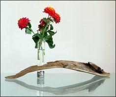 Driftwood flower vase ... www.instagram.com/driftwoodist/