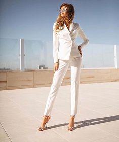 Look via 🔝 Daily Fashion, Love Fashion, Girl Fashion, Fashion Tips, Fashion Design, Fashion Trends, Fashion Inspiration, Fashion Beauty, Luxury Fashion