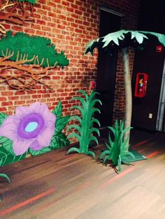 Journey Off The Map! VBS 2015 Great instructions on how to make this cool palm tree.