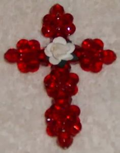 Happybird's Crafting Haven: How To Make a Beautiful and EASY Cross Ornament