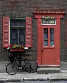 Matching door, shutter, flower box--so welcoming!