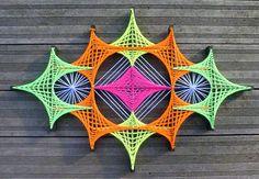 String Art Magic-Eye by DeRevesEnReves on Etsy