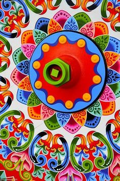 Oxcart wheel of blue, green, red, orange & pink- Sarchi, Costa Rica - vma - Costa Rica Art, Truck Art, Country Crafts, Indigenous Art, Naive Art, Color Of Life, Ox, Art Boards, Mood Boards