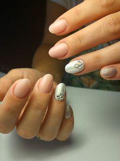 Nails * nail art * nude * holochrome