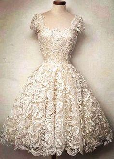 Women's Vintage Lace Dress with Scoop Collar Robes Vintage, Vintage Dresses, Vintage Outfits, Vintage Fashion, Pretty Outfits, Pretty Dresses, Beautiful Outfits, Gorgeous Dress, Vestidos Vintage