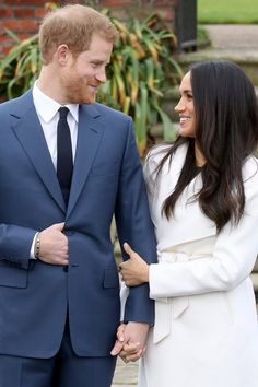 Prince Harry Only Has Eyes For Meghan Markle While Announcing Their Engagement