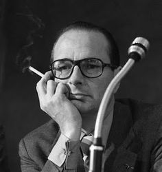 Jacques Chirac, former French President, smoking a cigarette. Cool Attitude, Simone Veil, Real Estate One, Feeling Of Loneliness, Hipster Glasses, Le Figaro, Man Icon, French President, Jumping Jacks
