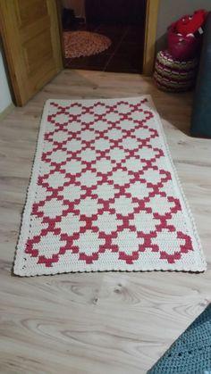 Diy Crochet Rug, Tapestry Crochet Patterns, Crochet Cord, Crochet Carpet, Crochet Home Decor, Filet Crochet, Rugs And Mats, Knitted Blankets, Knitting Stitches