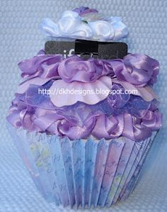 A place to share my passion for handmade cards and various other creative exploits. Cupcake Gift, Cupcake Cakes, Cupcakes, Paper Cake, Card Holders, I Card, Crafty, Creative, Handmade