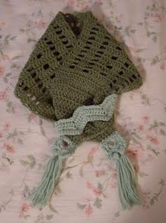 Boxy Neck Warmer Too free #crochet pattern