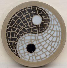 patterns for moasic stepping stones | ... Yin-Yang garden feature 300mm Glass Mosaic Concrete Stepping Stone