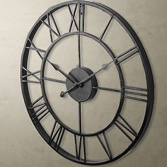LARGE CLASSIC ROMAN NUMBER VINTAGE STYLE METAL BLACK WALL CLOCK OUTDOOR GARDEN
