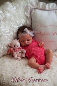 Meer dan 1000 ideeën over Silicone Reborn Babies op . Reborn Baby Girl, Bb Reborn, Reborn Toddler Dolls, Newborn Baby Dolls, Baby Born, Reborn Babies For Adoption, Life Like Baby Dolls, Life Like Babies, Real Baby Dolls