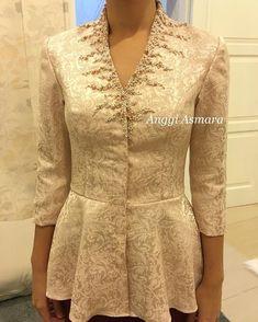 Elegant and cantik Kebaya Peplum, Kebaya Lace, Batik Kebaya, Kebaya Muslim, Kebaya Hijab, Blouse Batik, Batik Dress, Blouse Dress, Batik Fashion