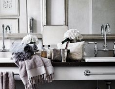 ARTICLE: No Room Around The Sink For A Towel Bar? Heres Your Solution...