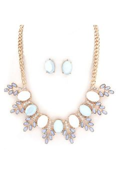 Grace Necklace Set in Aspen Blue