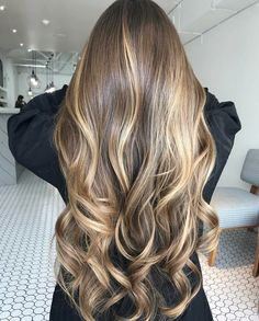 48 Balayage Ombre Hair Colors For 2019 Ombre Hair, Wavy Hair, Dyed Hair, Truss Hair, Brown Blonde Hair, Golden Blonde, Pinterest Hair, Blonde Balayage, Bayalage