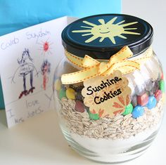 Sunshine Cookies(Cookie Mix in a Jar)1 1/3 cup all purpose flour1 teaspoon baking powder1 teaspoon baking soda1/4 teaspoon salt1 cup cooking oats1/2 cup m