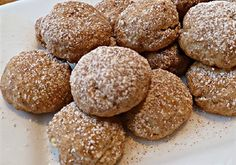 Mexican Cinnamon Cookies – victoriouseating I originally made these cookies for Mexican Ladies Night a couple years ago, but today I made them for Jeff because he likes cinnamon/sugar cookies, and he went snowboarding. If I don't go bo… Cinnamon Sugar Cookies, Chocolate Sugar Cookies, Rolled Sugar Cookies, Mexican Sweet Breads, Mexican Food Recipes, Cookie Recipes, Icing Recipes, Mexican Pastries, Mexican Cookies