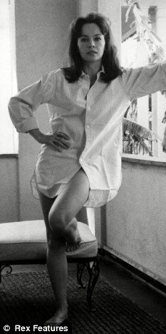 Leslie Caron- so beautiful