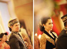 bride's kebaya