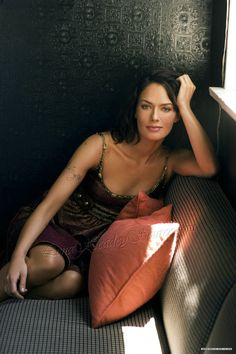Lena Headey - Let's pretend i didn't keep pics like this one.