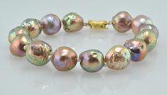 METALLIC LUSTER JAPAN KASUMI BRACELET | KojimaPearl .. precious, unique and proud of our pearls.