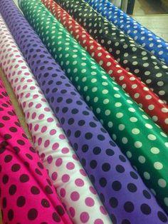 ¿Donde comprar las telas para trajes de baile flamenco?   Si no encuentras telas adecuadas en las tiendas a tu alrededor tienes la opción d...