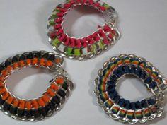 pulseras anillas latas