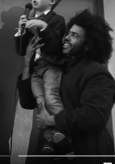 Daveed Diggs is adorable with this kid. Daveed Diggs, Hamilton Lin Manuel Miranda, I Have Been Waiting, Hamilton Musical, What Is Your Name, Dear Evan Hansen, Alexander Hamilton, Actors & Actresses, Musicals