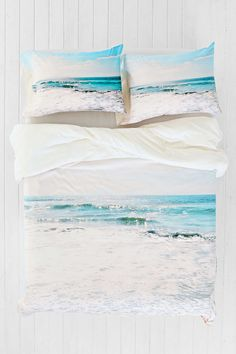 If I could be so lucky, this DENY duvet cover would be the focal point of my room. Lisa Argyropoulos For DENY Take Me There Duvet Cover - Urban Outfitters My New Room, My Room, Duvet Covers Urban Outfitters, Beach Room, Teen Girl Bedrooms, Bed Spreads, Decoration, Bedroom Decor, Bedroom Ideas