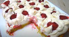Prăjitură rapidă cu gust de neuitat! Nori de căpșuni! - Pentru Ea Crockpot Recipes, Cheesecake, Good Food, Pudding, Baking, Eat, Nori, Cheese Cakes, Bakken