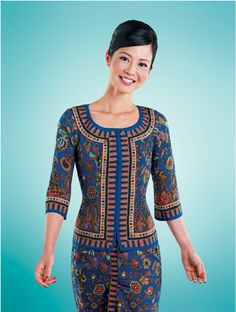 """""""Can I help you?"""" asked the Singapore Airlines stewardess challengingly . Singapore Costume, Flight Manager, Asian Woman, Asian Girl, Red Chief, Airline Cabin Crew, Airline Flights, Flight Attendant, Fly Girls"""