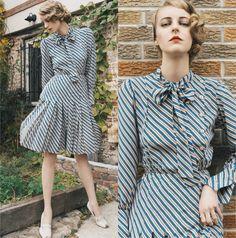 Laura 沖田   Okita -  - The Vintage Secretary Dress